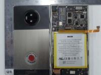 Титановый смартфон Red Hydrogen One назвали в честь антагониста фильма «Терминатор 2: Судный день»
