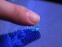 Samsung готовит Galaxy P30 со сканером отпечатка в LCD-экране