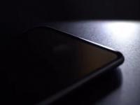 Новый тизер OnePlus 6T намекает на экран без «брови»