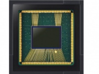 Samsung представила 48-мегапиксельную камеру для Galaxy S10