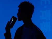 Honor дразнит анонсом нового смартфона