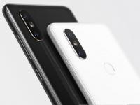 Xiaomi прокомментировала проблему мерцающего экрана Mi Mix 2S
