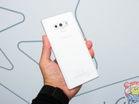 Репетиция к Galaxy S10 или анонс белого Samsung Galaxy Note 9