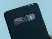 Чехол от Samsung Galaxy S10+ надели на Galaxy S9+, Note 9, OPPO Find X
