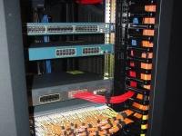 SMARTtech: Выбираем серверные шкафы - на что обратить внимание?!