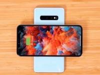 iPhone 2019 смогут заряжать Samsung Galaxy S10 без проводов