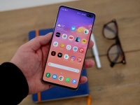 Новые фишки Samsung Galaxy S10 Plus