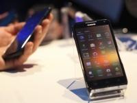 На проблемах Huawei больше всего наживутся Samsung и Apple