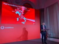Италия стала третьей страной в Европе, где запустили 5G