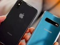 Аналитики сравнили скорость удешевления флагманов Apple и Samsung