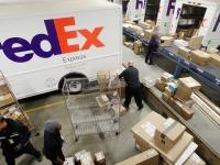 FedEx подает в суд на США в связи с требованием перлюстрировать посылки Huawei