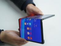 Huawei до конца июля начнет продажи сгибаемого смартфона