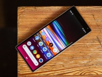 Обзор основных характерситик смартфона Sony Xperia 1 - брать или нет?