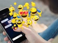 Во Всемирный день эмодзи Apple и Google представили новые смайлики