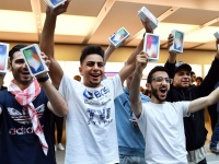 Первый смартфон Apple со складным экраном выйдет в 2022 году