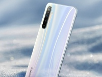 Смартфон Realme XT с 64-Мп камерой предстал на официальном рендере