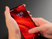 8 причин приобрести UMIDIGI X: короля соотношения цены и качества с сенсором отпечатков пальцев на экране за $179.99