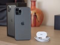 Наконец-то быстро. iPhone 11 Pro заряжается вдвое быстрее прошлогодних моделей
