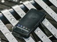 CAT S52: «внедорожный» смартфон с поддержкой NFC
