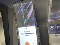 Обнаружены первые недостатки гибкой раскладушки Motorola Razr 2019