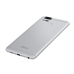 ASUS ZenFone 3 Zoom (ZE553KL) - фото 13