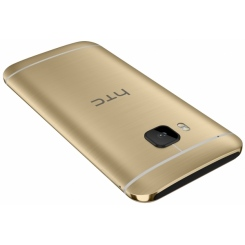 HTC One M9 - фото 8