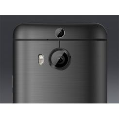 HTC One M9+ - фото 3