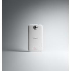 HTC One X - фото 7