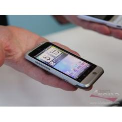 HTC Salsa - фото 6