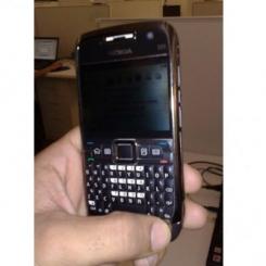 Nokia E71 - фото 2
