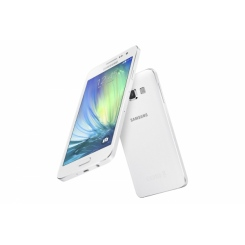 Samsung Galaxy A3 - фото 3