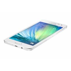 Samsung Galaxy A3 - фото 11