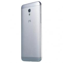 ZTE Blade V7 - фото 7