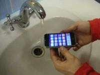 Краш-тест Apple iPhone - вода