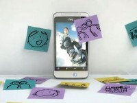 Промо видео HTC Salsa