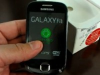 Видео обзор Samsung Galaxy Suit S5670