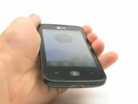 Видео обзор LG Optimus Hub