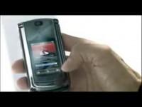 Забавная реклама Motorola RAZR2 V8