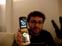 Видео обзор Motorola RAZR2 Luxury от Cellularemagazine.it