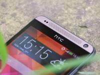 �����-����� HTC Desire 700
